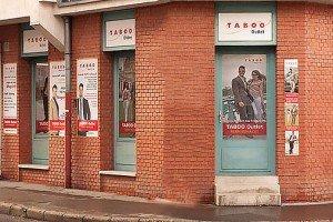 Taboo Divatház Budapesten. Elegáns férfi ruházat, öltöny, zakó, ing.